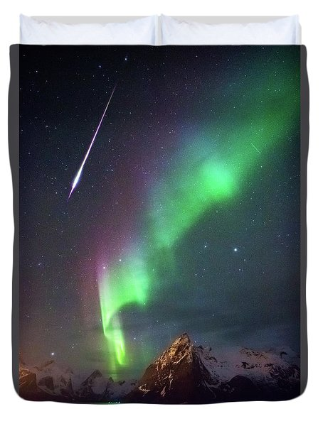 Fireball In The Aurora Duvet Cover
