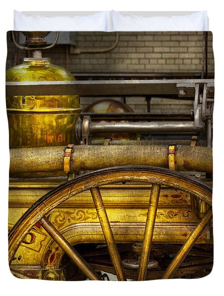Fireman - Piano Engine - 1855  Duvet Cover by Mike Savad