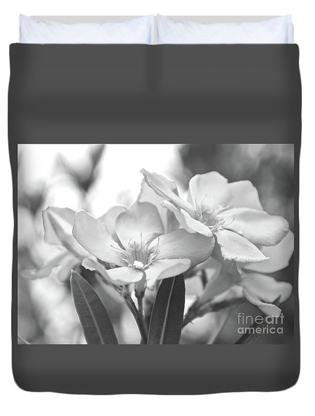 Duvet Cover featuring the photograph Firewalker Sw1 by Wilhelm Hufnagl
