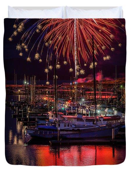 Fireworks At The Docks Duvet Cover