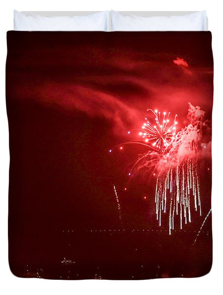 Fireworks In Red And White Duvet Cover