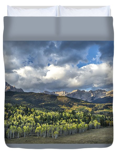 First Light On The Sneffels Range Duvet Cover