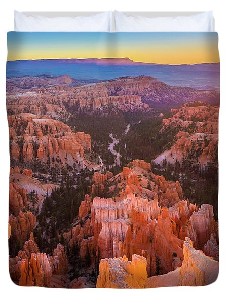 First Sun Rays At Bryce Duvet Cover