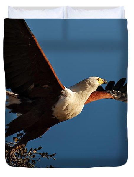 Fish Eagle Taking Flight Duvet Cover