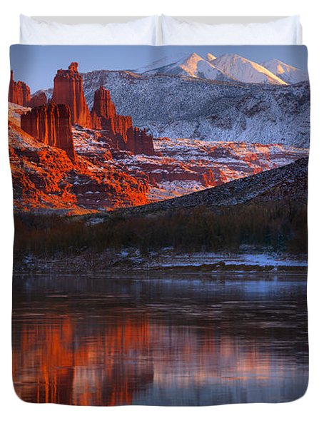 Duvet Cover featuring the photograph Fisher Towers And La Sal Mountains by Adam Jewell