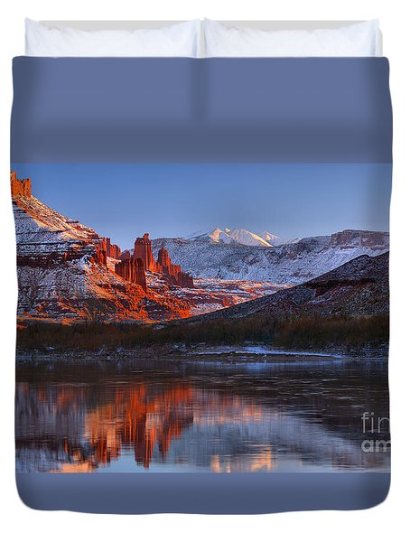 Duvet Cover featuring the photograph Fisher Towers Sunset Glow Panorama by Adam Jewell