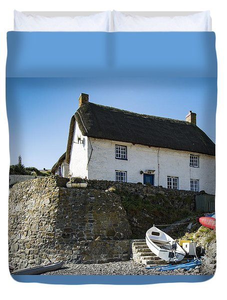 Duvet Cover featuring the photograph Fishermans Cottage by Brian Roscorla