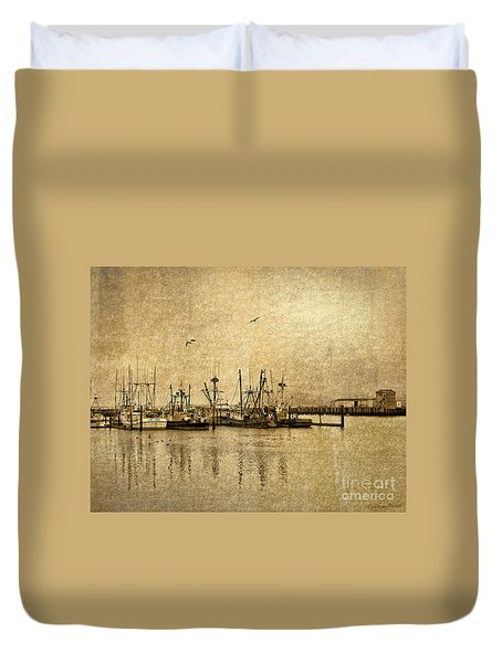 Fishing Boats Columbia River In Sepia Duvet Cover