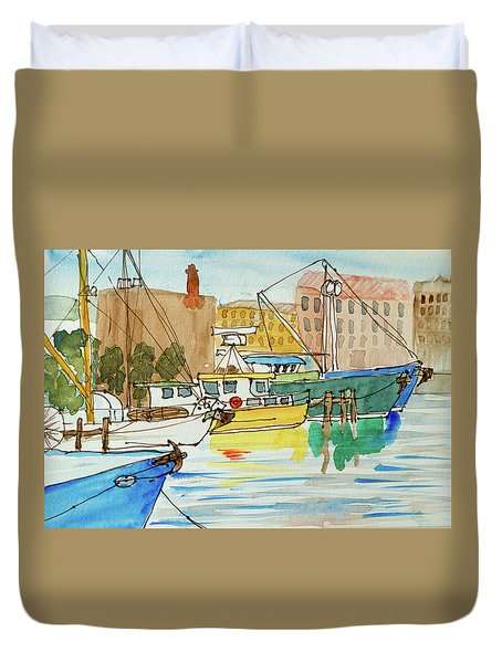 Fishing Boats In Hobart's Victoria Dock Duvet Cover
