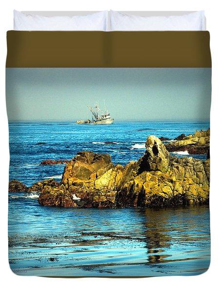 Fishing Monterey Bay Ca Duvet Cover