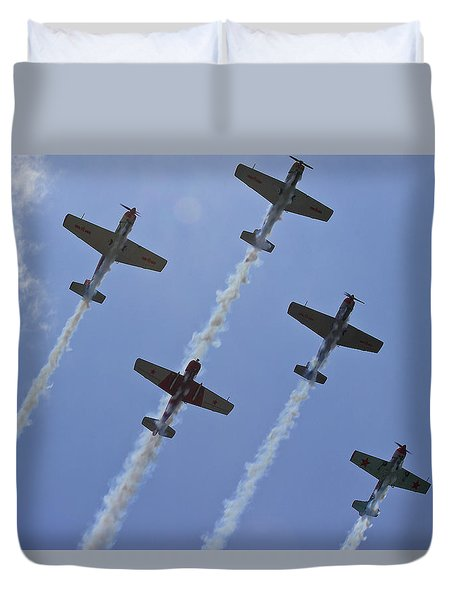 Duvet Cover featuring the photograph Five Out Of Six by Miroslava Jurcik