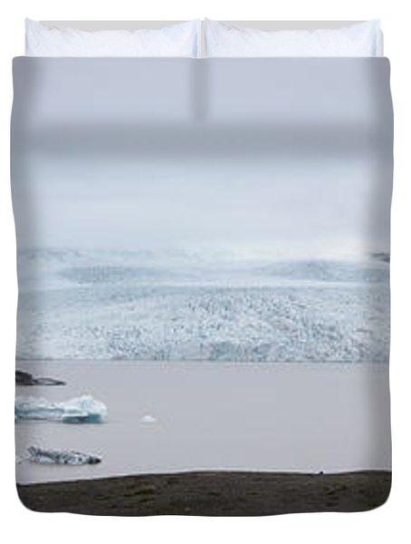 Fjallsarlon Panorama  Duvet Cover