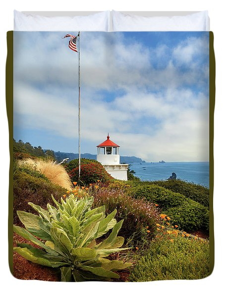 Duvet Cover featuring the photograph Flag At The Trinidad Memorial Lighthouse by James Eddy