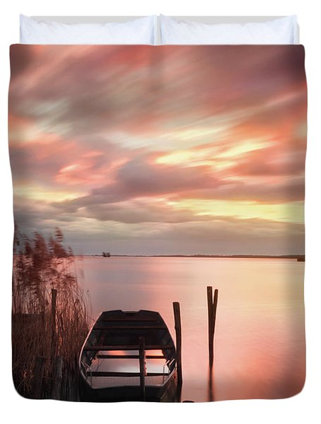 Flame In The Darkness Duvet Cover