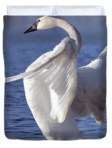 Flapping Swan Duvet Cover