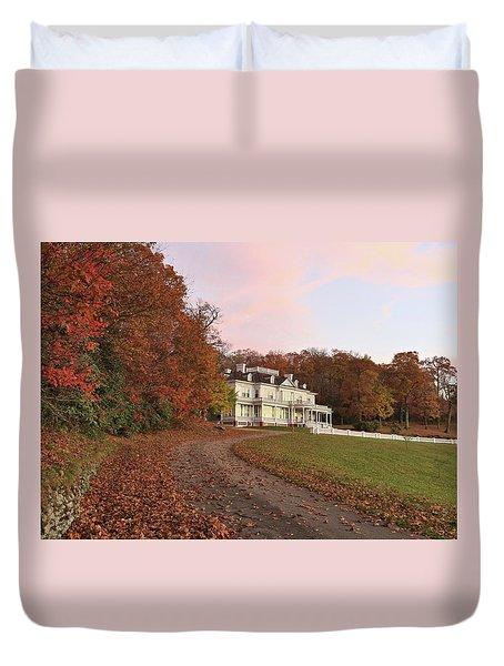 Flat Top Manor At Sunrise Duvet Cover