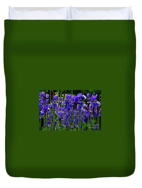 Fleur De Lys Duvet Cover by Elfriede Fulda