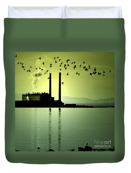 Duvet Cover featuring the photograph Flock Of Gulls by Craig B