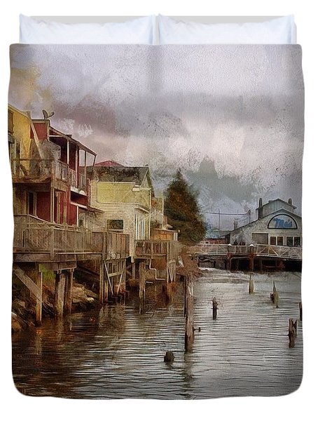 Duvet Cover featuring the photograph Scene On The Siuslaw  by Thom Zehrfeld