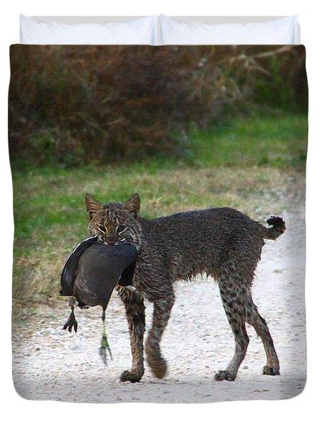 Florida Bobcat Catches An Evening Snack Duvet Cover