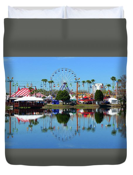 Duvet Cover featuring the photograph Florida State Fair 2017 by David Lee Thompson
