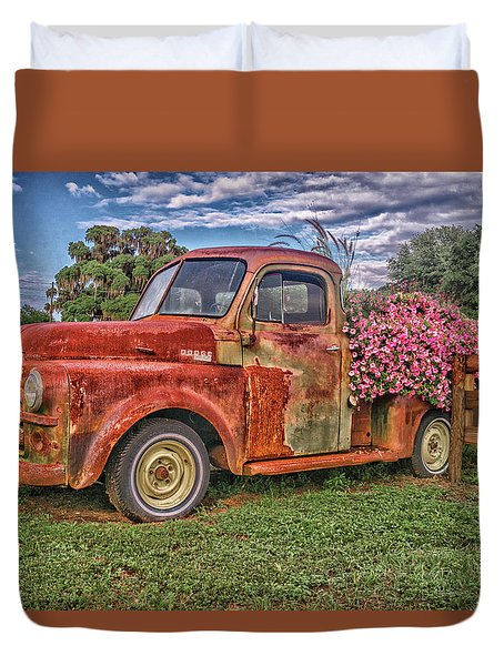Dodge Flower Bed Duvet Cover