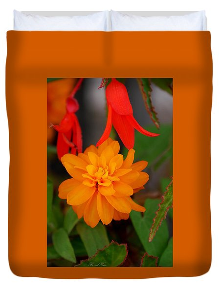 Duvet Cover featuring the photograph Flower by Bernd Hau