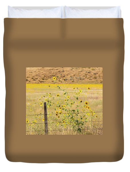 Flowers And Fence Duvet Cover
