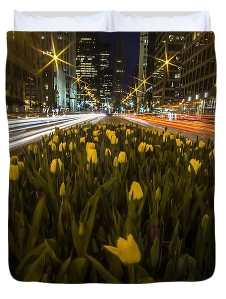Flowers At Night On Chicago's Mag Mile Duvet Cover