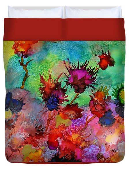 Flowers Blowin In The Wind Duvet Cover by Warren Thompson