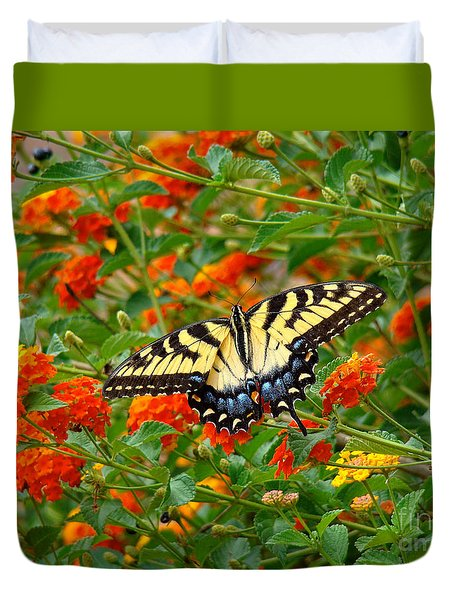Flowers For Butterflies Duvet Cover by Sue Melvin