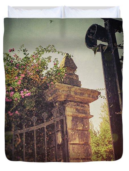 Flowery Iron Gate Duvet Cover