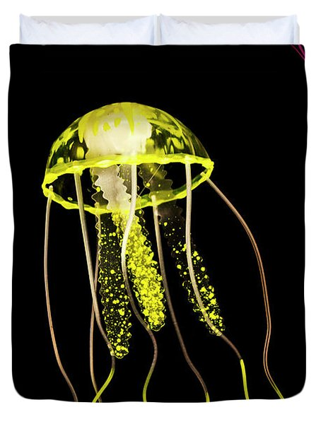 Flows Of Yellow Marine Life Duvet Cover