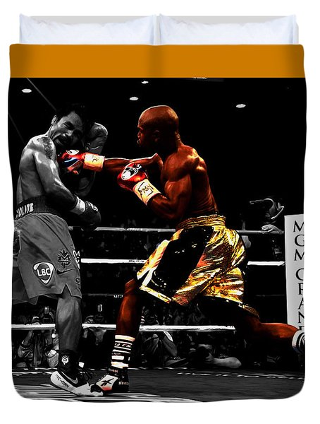Floyd Mayweather Vs Manny Pacquiao Duvet Cover by Brian Reaves
