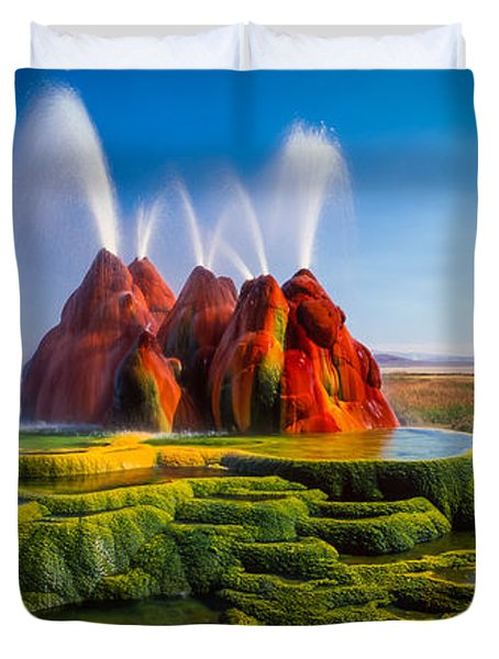 Fly Geyser Panorama Duvet Cover