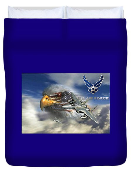 Fly Like The Eagle Duvet Cover by Ken Pridgeon