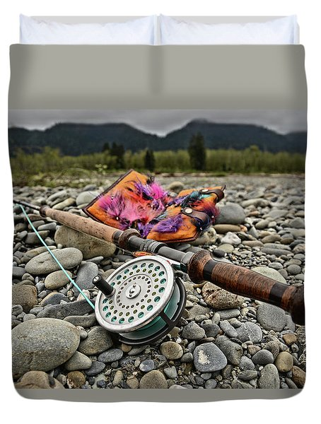 Fly Rod And Streamers Landscape Duvet Cover