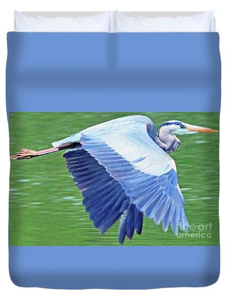 Flying Great Blue Heron Duvet Cover