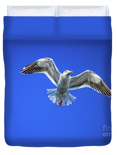 Duvet Cover featuring the photograph Flying Gull by Robert Bales