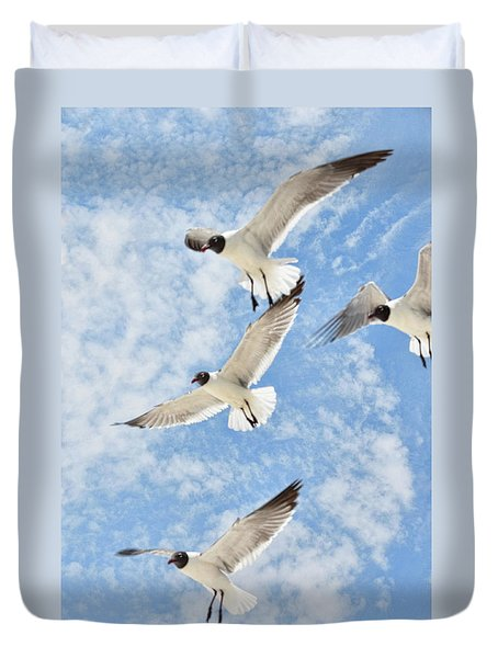 Duvet Cover featuring the photograph Flying High by Jan Amiss Photography