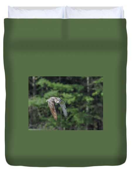 Flying Low... Duvet Cover