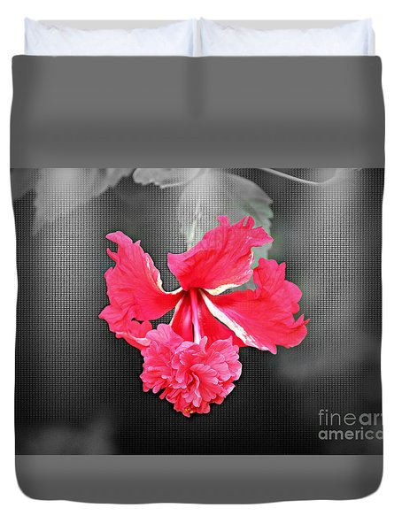 Focal Bw Red Hibiscus Multilayered Duvet Cover