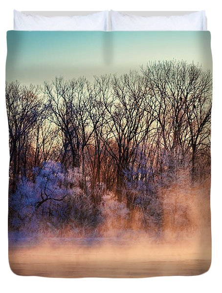 Duvet Cover featuring the photograph Fog And Frost On The Wisconsin River 2017-1 by Thomas Young