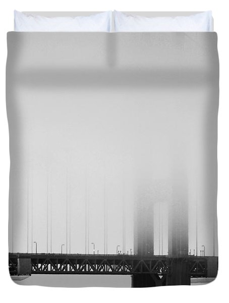 Fog At The Golden Gate Bridge 4 - Black And White Duvet Cover