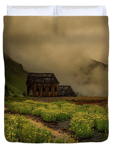 Fog Rolls Over The Frisco Mill With Summer Wildflowers Duvet Cover