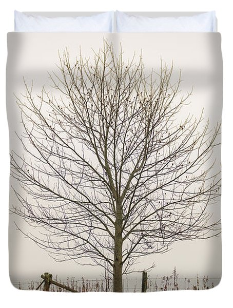 Foggy Lone Tree Hill Duvet Cover
