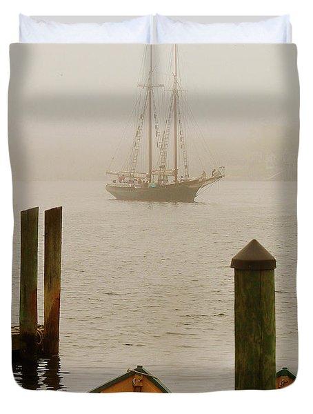Foggy Morning In Gloucester Ma Duvet Cover
