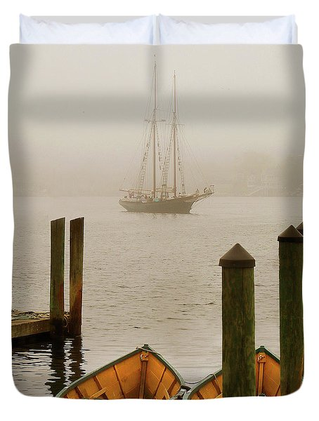 Foggy Morning In Gloucester Ma Duvet Cover
