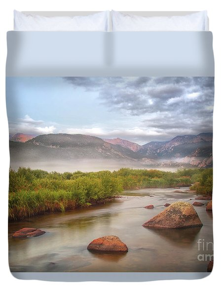 Foggy Morning In Moraine Park Duvet Cover
