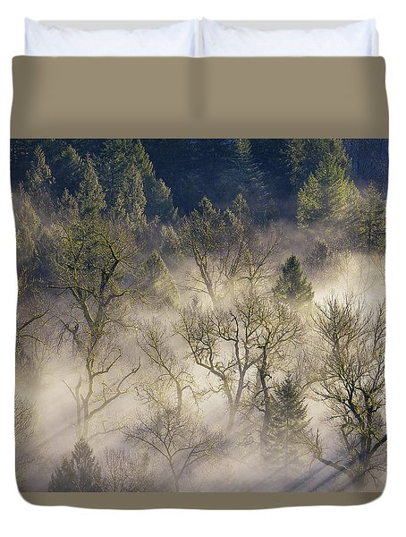 Foggy Morning In Sandy River Valley Duvet Cover by David Gn
